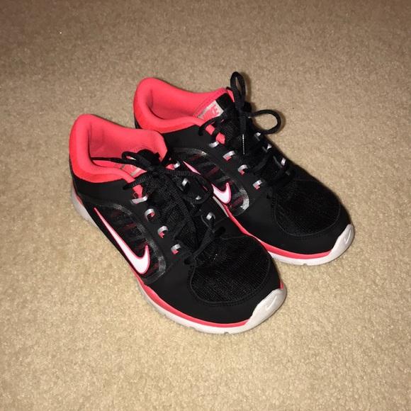 Nike Training Pink and Black Tennis Shoe